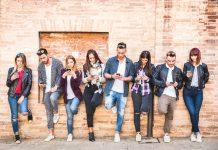 Friends-Group-Using-Smartphones